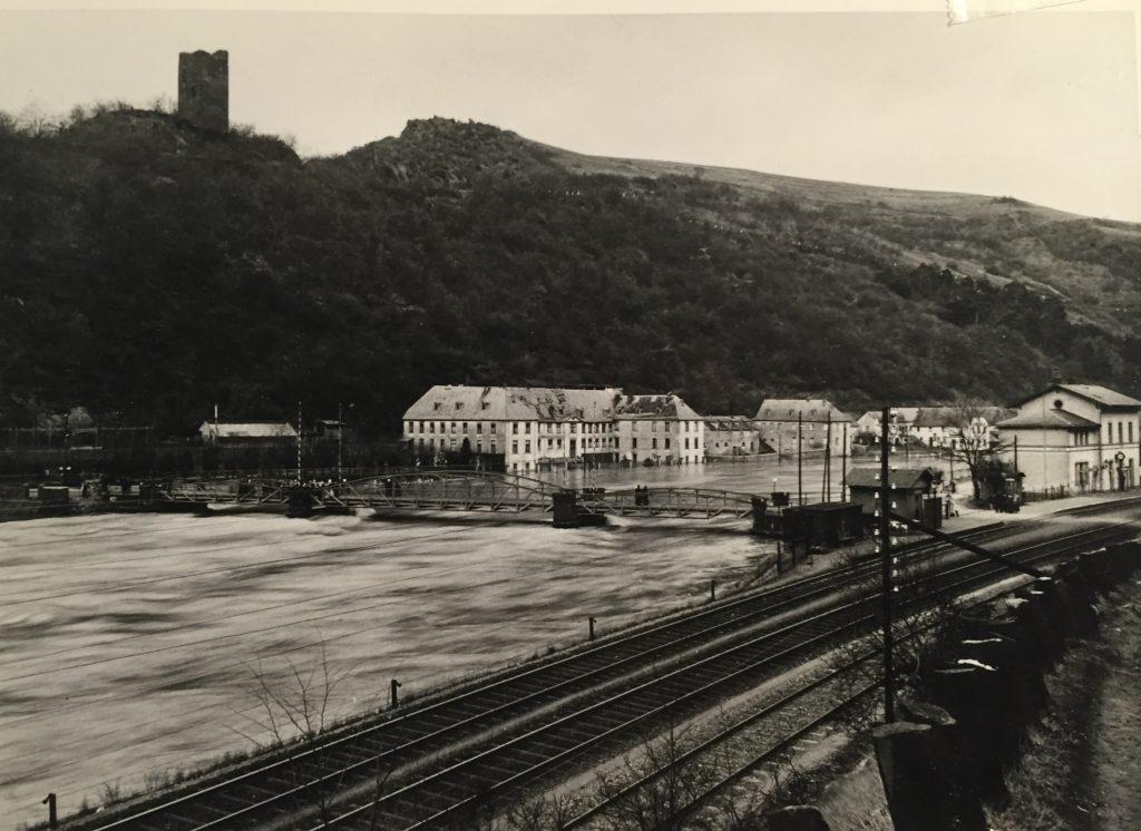 Burg und Schloß Laurenburg 1909